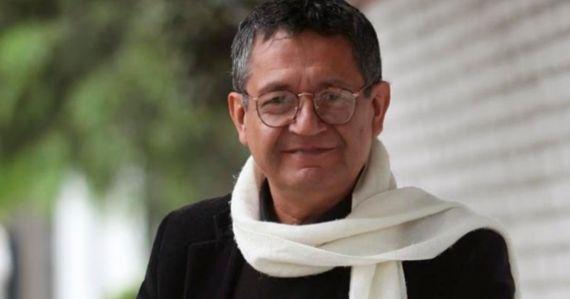 1 El poeta y periodista Eloy Jáuregui
