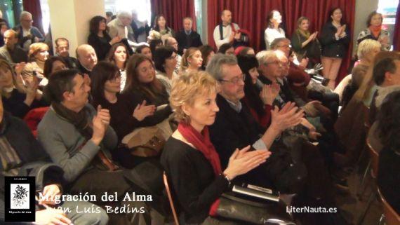 3 Publico asistente a una de las presentaciones del poemario