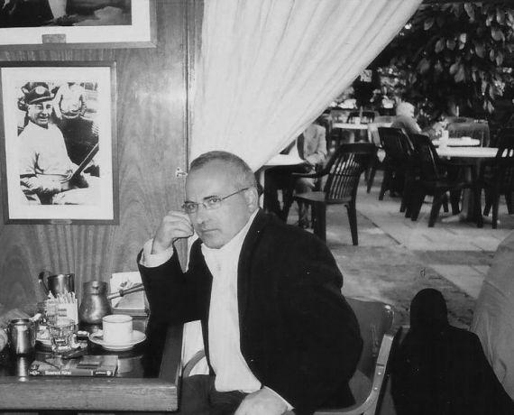 1 El escritor Antonio Costa