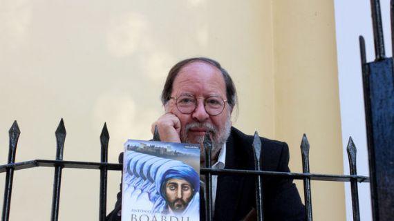 2 El escritor Antonio Enrique (Foto de María de la Cruz)