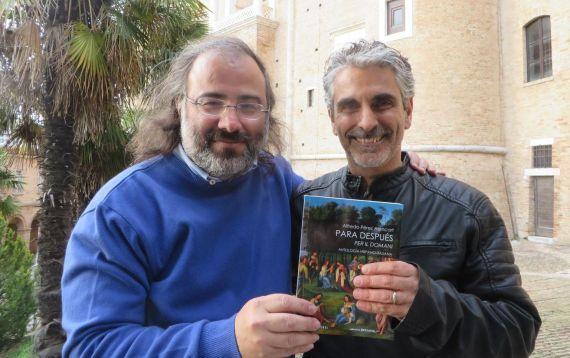 3 Alencart junto al poeta y traductor Gianni Darconza, en Urbino (foto de J. Alencar)