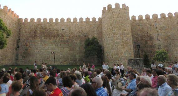 5 Parte del público asistente al homenaje a Lorca