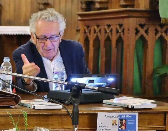 1 Máximo García Ruíz, durante su intervención