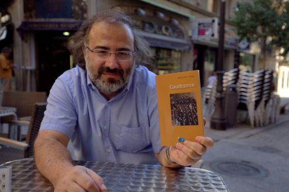 1 El poeta Alfredo Pérez Alencart (foto de José Amador Martín)