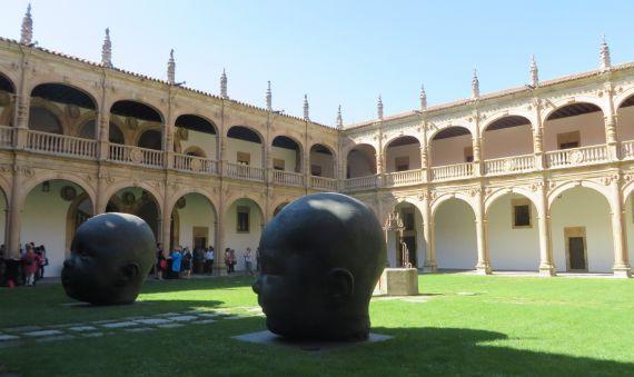 9 Claustro del Colegio Fonseca de la Usal