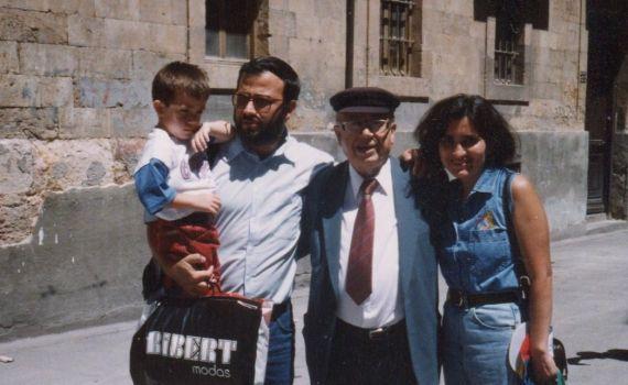 3 Alfredo P. Alencart, con Jacqueline Alencar , José Alfredo y Gonzalo Rojas