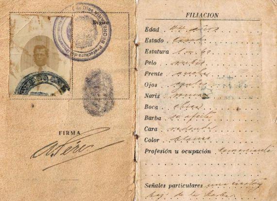 6 Carné de extranjería peruano del abuelo español de Alencart