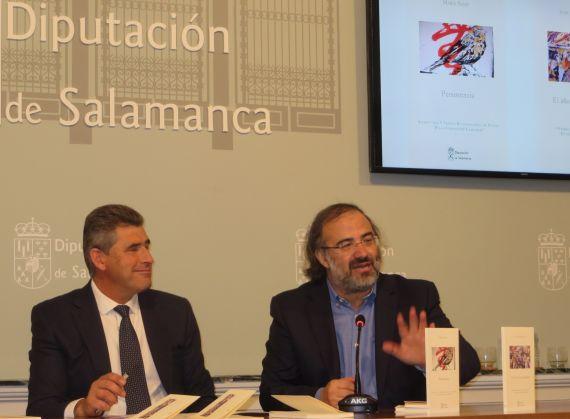 21Julián Barrera y Alfredo Pérez Alencar, presentando los libros ganadores (foto de Jacqueline Alencar)