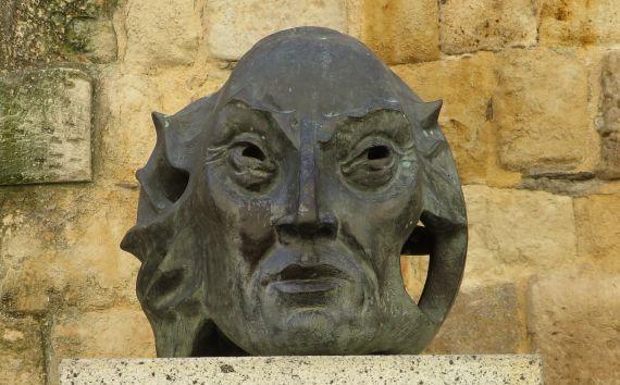 4 Estatua de Torres Villarroel (foto de Jacqueline Alencar)