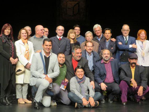 8 Con algunos de los poetas del XXI Encuentro en el Liceo (foto de Jacqueline Alencar)