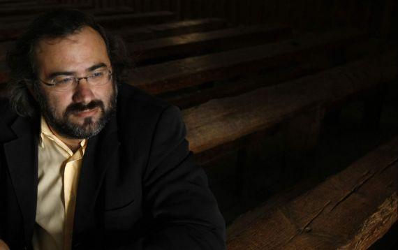 1 A. P. Alencart en el Aula Fray de León(Foto de E. Carrascal, 2010)