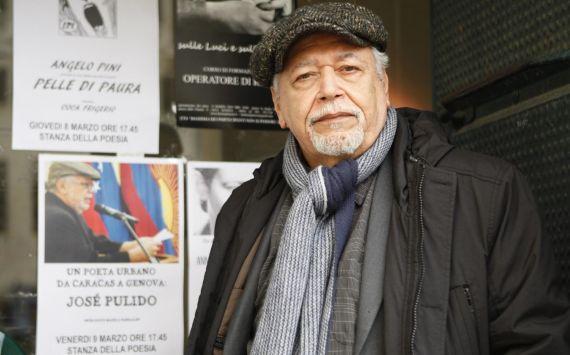 12 El poeta, periodista y narrador José Pulido, en Génova (foto de Gabriela Pulido)