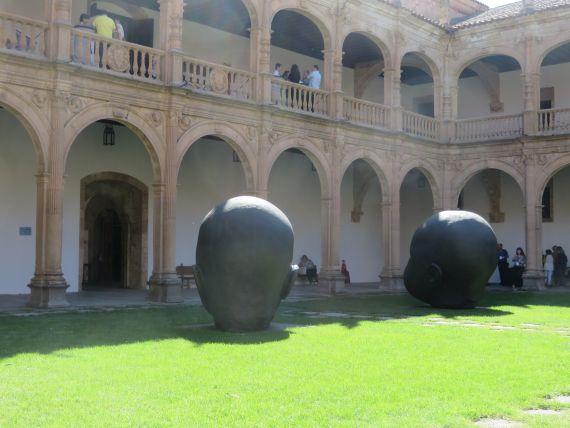 2 Claustro del Colegio Fonseca (foto de Jacqueline Alencar)