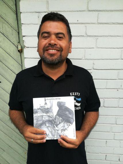 7 Marcelo Gatica con su nuevo poemario publicado en castellano y estonio