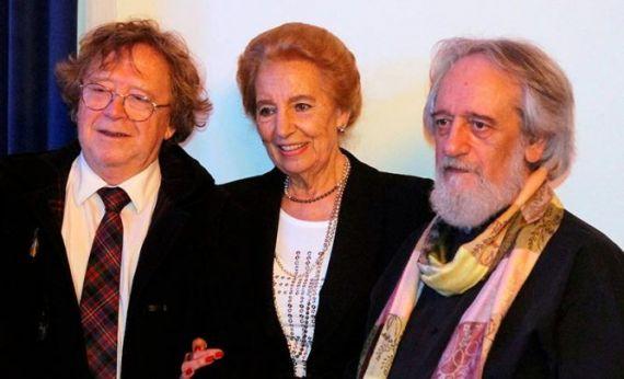8 Con Juan Cameron y Pilar Fernández Labrador (foto de Jacqueline Alencar)
