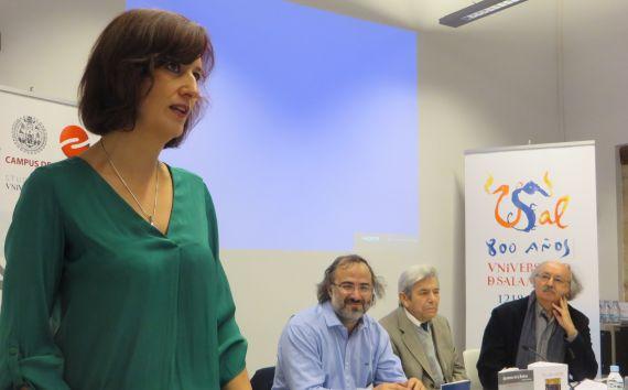 8 Lectura de Aída Acosta en el Centro de Estudios Brasileños (foto de Jacqueline Alencar)