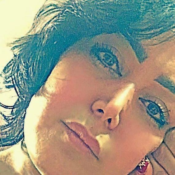 1 La poeta y actriz Sanaz Davoodzade Far