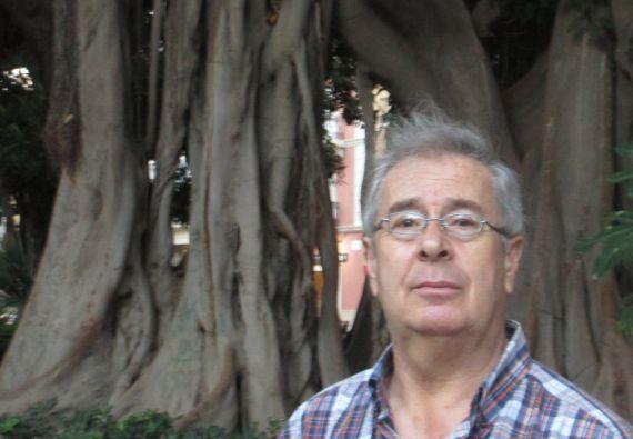 16 El poeta madrileño Manuel Quiroga Clérigo