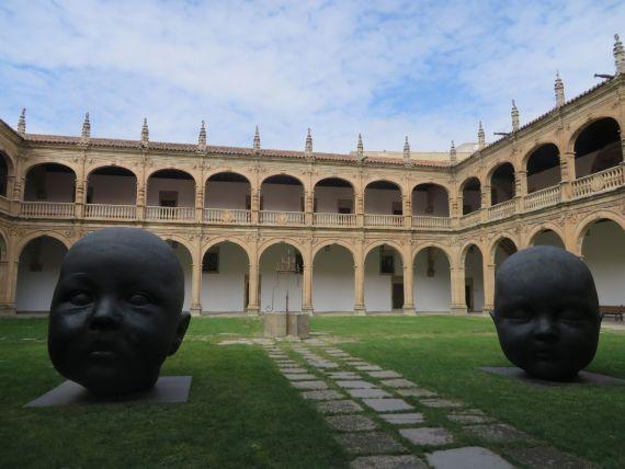 2 Claustro del Colegio Fonseca de la Usal (foto de Jacqueline Alencar)