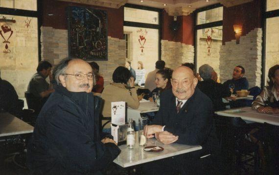 4 Antonio Colinas y José Hierro en Salamanca 2001 (foto de A. P. Alencart)