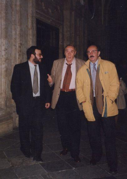 5 A. P. Alencart, Jesús Hilario Tundidor y Antonio Colinas (foto de Luis Monzón, Salamanca, 1998)