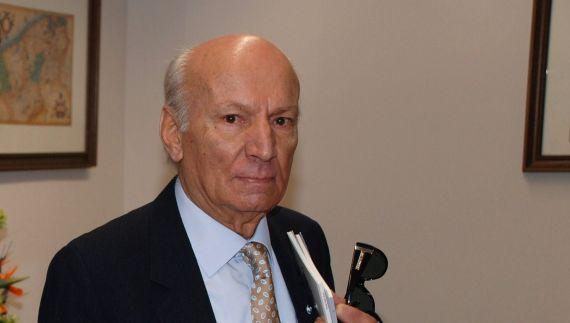 1 El poeta Albano Martins en el rectorado de la Universidad de Salamanca (2009, foto de Jacqueline Alencar)