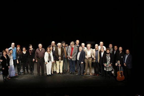 5 Algunos de los poetas invitados al XX Encuentro de Poetas Iberoamericanos, en el Teatro Liceo