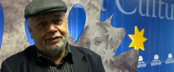 1 El poeta y periodista venezolano José Pulido