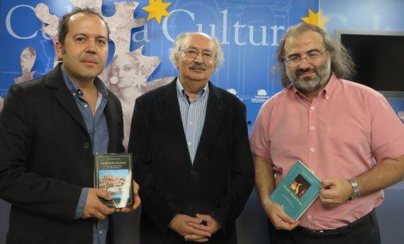 2 Rodríguez, Colinas y Alencart, con los dos libros de Verbum