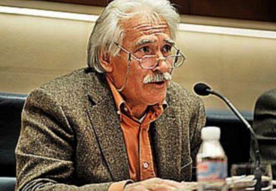 1 El poeta Pascual Izquierdo