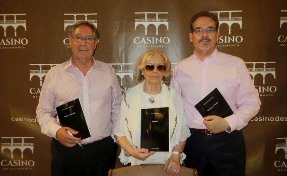 3 Valle Alonso, Sagüillo y Redondo, con sus libros editados por Vitruvio (foto de J. Alencar)