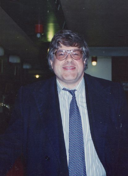 6 Otra imagen de Cobo Borda (1993, foto de Jacqueline Alencar)