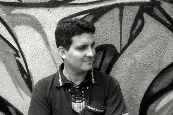 1 El poeta hondureño Dennis Ávila (Foto de Julia Henríquez)