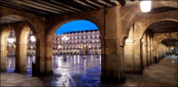 2 Vista de la Plaza Mayor de Salamanca, de José Amador Martín